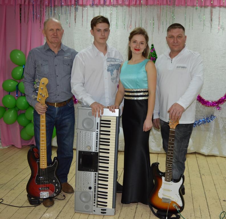 Артисты на свадьбу в Горно-Алтайске, артисты на свадьбу на Алтае, артисты на юбилей из Каракокши, артисты на юбилей в Горно-Алтайске