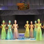Дефиле в алтайских национальных костюмах Принцесса Алтая-2015