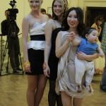 3 место. Айданэ Унутова со своими моделями.